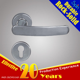 Split lock stainless steel cast lever door handle with European standard stainless steel lock body
